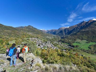 VALLE D'AOSTA-Escursionisti Challand-Saint-Victor (foto Diego Pallu)