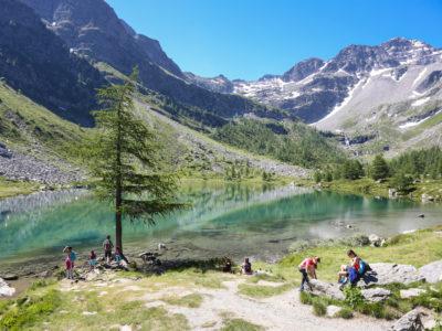 VALLE D'AOSTA-Escursionisti Lago Arpy (foto Enrico Romanzi)-9219