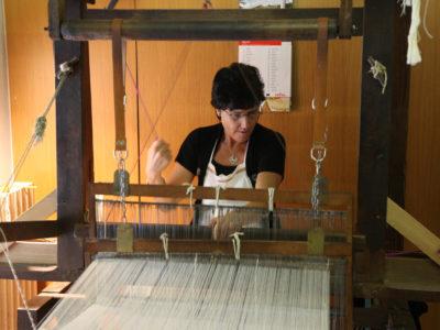 VALLE D'AOSTA-Lavorazione canapa Cooperativa Lou Dzeut Champorcher (foto Enrico Romanzi)-2169